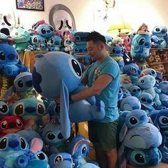 El paraíso de los fanáticos de stich Disney Stitch, Lilo E Stitch, Stitch Cartoon, Stitch Toy, Cute Stitch, Lilo And Stitch Quotes, Giant Stuffed Animals, Stitch Drawing, Stitch And Angel
