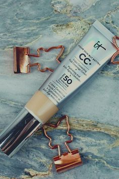 It Cosmetics Cc Cream Review, Anti Aging Cream, Voss Bottle, Tricks, Your Skin, Makeup, Blog, German, Inspiration
