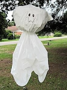 DIY Halloween : DIY Trash Bag Ghost