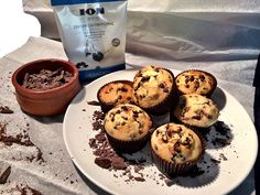 Muffins με σταγόνες κουβερτούρας ΙON - ION Sweets Cupcake Cakes, Cupcakes, Muffins, Cooking Recipes, Breakfast, Food, Morning Coffee, Muffin, Chef Recipes