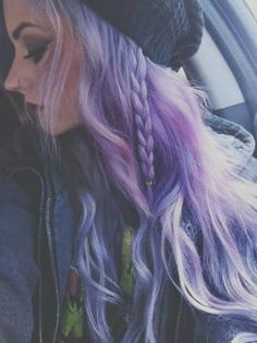 lilac // lavender hair I love every kind of purple hair, they're look sooo good, i love them, owww. Color Del Pelo, Lavender Hair, Coloured Hair, Dye My Hair, Mermaid Hair, Rainbow Hair, Crazy Hair, About Hair, Gorgeous Hair