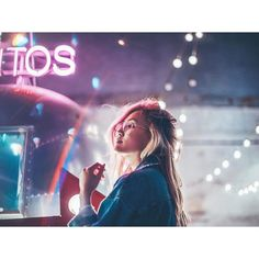 "24.8 mil Me gusta, 296 comentarios - Brandon Woelfel (@brandonwoelfel) en Instagram: ""Even in the longest, darkest night you'll find the light"" Light Photography, Tumblr Photography, Creative Photography, Photography Tips, Portrait Photography, Amazing Photography, Hiei, Night Portrait, Laurdiy"