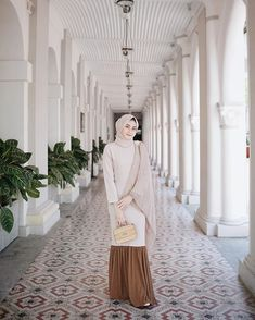 Stral her look 😊😊 Kebaya Modern Hijab, Model Kebaya Modern, Kebaya Hijab, Kebaya Dress, Kebaya Muslim, Muslim Dress, Casual Hijab Outfit, Hijab Chic, Hijab Fashion