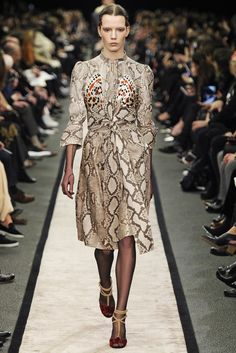 Givenchy RTW Fall 2014 - Slideshow