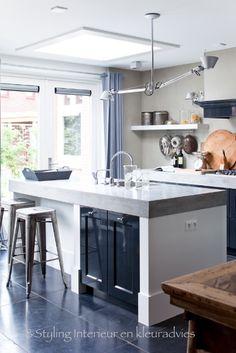 kitchen island and stools