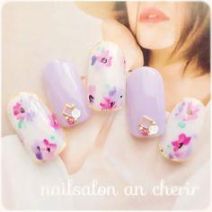 lavender colour for spring nail art