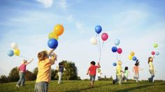 This article suggests 9 fun activities that can fill a whole day with kids. Targeted to make new family memories, try these ideas to start a tradition or just have some fun. Happy Children's Day, Happy Kids, Happy Sunday, International Children's Day, Child Teaching, Teaching Ideas, Printed Balloons, Summer Activities For Kids, Preschool Activities
