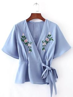 Looking for chic outfits for warm spring days? You will absolutely love this light blue top! Take it for going out days.