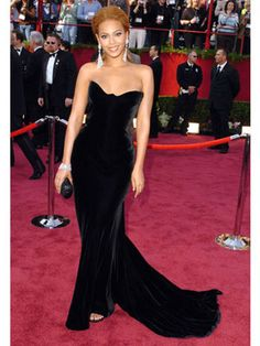 The Best Oscar Dresses of All Time: Beyoncé, 2005, Versace