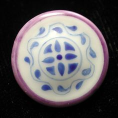 FAB! ANTIQUE RARE PATTERN TWO COLOR CHINA BUTTON