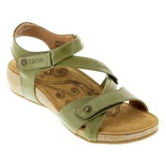The criss-cross style straps with Velcro closures hug your feet in a custom fit. Buttery soft leather uppers in herb green are irresistible. Shop now! Green Leather, Soft Leather, Natural Contour, Leather Conditioner, Birkenstock Mayari, Comfortable Sandals, Ankle Straps, Criss Cross