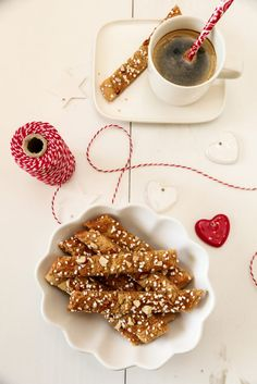 BRUNE PINNER | TRINES MATBLOGG Sweet Life, Christmas Treats, Panna Cotta, Food And Drink, Healthy Recipes, Healthy Food, Cookies, Baking, Snacks