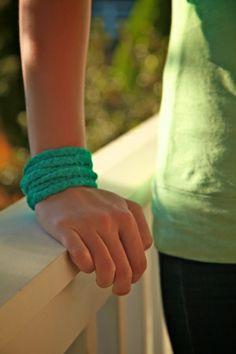 Recycled T-shirt bracelet DIY. so cute!