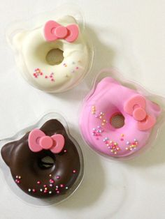 Hello-Kitty Baked Doughnuts. omg if someone made me these i would love it so much