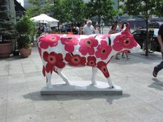 Unikko Art by  Mooovoulous Marimekko brings a smile to to all at Cloudberry Living.there was a cool idea!
