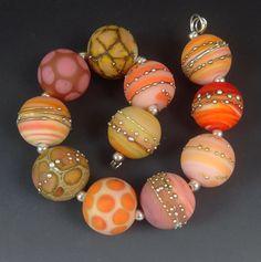 Carolyn Muir #lampwork #beads