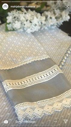Kurti Sleeves Design, Sleeves Designs For Dresses, Dress Neck Designs, Kurti Neck Designs, Kurta Designs Women, Stylish Dress Designs, Kurti Designs Party Wear, Sleeve Designs, Beautiful Pakistani Dresses