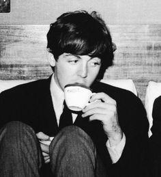 Tea time for Macca Beatles Love, Beatles Songs, The Beatles Members, My Love Paul Mccartney, Sir Paul, I Have A Crush, The Fab Four, Janis Joplin, Most Beautiful Man