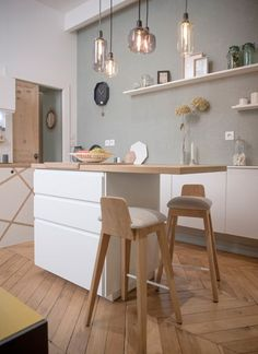 Home Sweet Home Lyon Place Sathonay Wohnung Renovierung - Home Sweet Home Lyon Place Sathonay Wohnung Renovierung - White Kitchen Paint, White Kitchen, Home Furnishings, Home Furniture, Kitchen Decor, Home Decor, Home Deco, Home Kitchens, Kitchen Paint