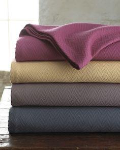 http://archinetix.com/sferra-wesley-blankets-p-871.html