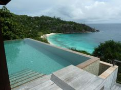 Definitely have to go to this hotel the Four Seasons Seychelles, the views are stunning from your room <3