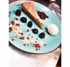 Raspberry frangipan (bakewell tart) #chef #raspberry #dessert #recipe