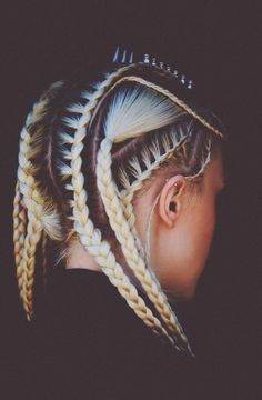 2015 beauty hairstyle trend: it's all about cornrow braids and hairdos. From the runway to magazines, would you try cornrow braids style yourself? Pretty Hairstyles, Braided Hairstyles, Hairstyle Ideas, Hairdos, Plaited Hairstyle, Tomboy Hairstyles, Goddess Hairstyles, Everyday Hairstyles, Hairstyles Haircuts