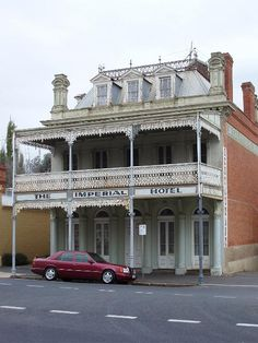 old abandoned hotel building, castlemaine, Victoria.shame about the neglect. It's a junk shop - open most Saturdays. Abandoned Buildings For Sale, Derelict Buildings, Abandoned Castles, Old Buildings, Abandoned Houses, Abandoned Places, Old Houses, Old Mansions, Abandoned Mansions