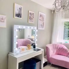 Hollywood Mirror Ikea, Hollywood Mirror With Lights, Lights Around Mirror, Makeup Mirror With Lights, Ikea Dressing Table, Dressing Room, Lighted Vanity Mirror, Mirror Vanity, Bedroom Ideas