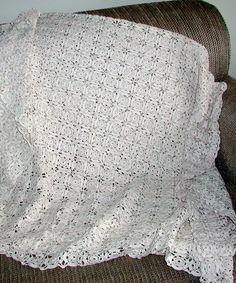 Easy Table crochet Runner pattern  | Cherished Crochet Heirlooms | Wolf Crochet