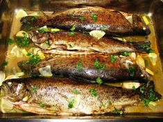 Try this Pastrav la cuptor (Peli) recipe, or contribute your own. Romanian Food, Fish And Seafood, Fish Recipes, Delish, Pork, Food And Drink, Cooking Recipes, Yummy Food, Homemade