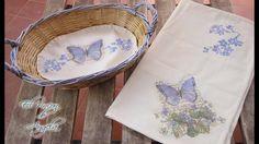 La técnica del decoupage en tela Annie Sloan, Embroidery Designs, Arts And Crafts, Plates, Sewing, Tableware, Diy, Youtube, Collage