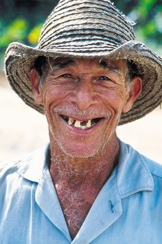 Cuban farmer in Pinar del Rio by Rob Kruyt.