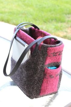 The Angela Bag - Knitting Patterns and Crochet Patterns from KnitPicks.com