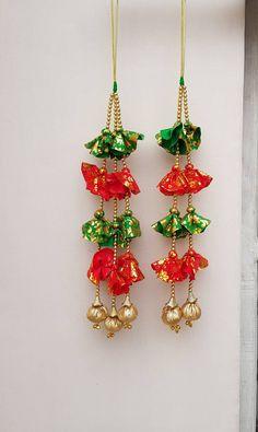 Door Hanging Decorations, Diy Diwali Decorations, Festival Decorations, Christmas Decorations, Diwali Diy, Diwali Craft, Jute Crafts, Decor Crafts, Hanging Fabric