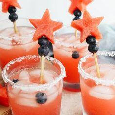Fall Harvest Sangria - Eat Yourself Skinny Jalapeno Margarita, Watermelon Margarita, Cocktail Shaker, Cocktail Rose, Triple Sec, Rosa Cocktails, Fun Cocktails, Tequila, Agaves