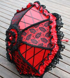 Red and Black Parasol Laced by dbvictoria.deviantart.com