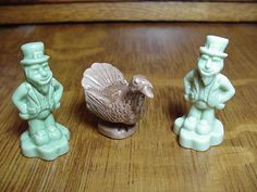 WADE Leprechauns & Turkey Calendar Series Red Rose Miniatures.
