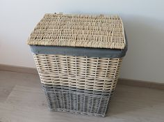 Price: 20 CHF. Laundry basket from Vima in Saint-Genis. Approximate size: 58x44x35 cm.