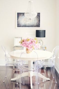 Customer designed White dinning table, ghost chairs, brass accents from Modern Dinning Table, Dinning Table Design, Dining Room Table Decor, Wood Table, Dining Rooms, Room Decor, Small Dining, Ghost Chairs Dining, Clear Dining Chairs