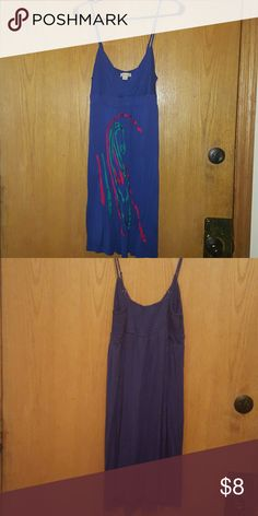 Forever 21 spaghetti strap summer dress Adorable lightweight blue dress with red and teal accents. Stretches in the back for a comfortable fit! Forever 21 Dresses Midi
