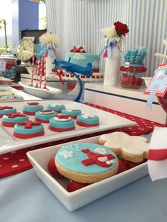 Airplane 1st Birthday Party | CatchMyParty.com