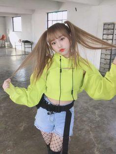 K-Pop Babe Pics – Photos of every single female singer in Korean Pop Music (K-Pop) Kpop Girl Groups, Kpop Girls, Korean Princess, Secret Song, Forever Girl, Japanese Girl Group, Kim Min, Female Singers, Single Women