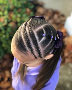 Today we have the pleasure of twinning with the very talented Julie 💜 we chose to recreate the style done by Adriana… Girly Hairstyles, Kids Braided Hairstyles, Little Girl Hairstyles, Kids Hairstyle, Braid Styles For Girls, Hair Due, Pelo Afro, Natural Hair Styles, Long Hair Styles