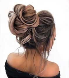 Ombre hair: the most beautiful color gradients and if we dared ombre hair? Pretty Hairstyles, Braided Hairstyles, Teenage Hairstyles, Wedding Hairstyles, Prom Hair, Hair Looks, Hair Trends, Hair Lengths, Hair Inspiration