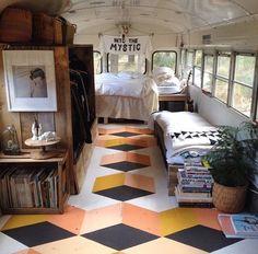 Interior de autobús-casa