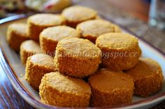 Nuselská kuchta uvádí ...: MEDÁNKY Culinary Arts, Christmas Baking, Biscotti, Cornbread, Sweet Recipes, Cooker, Muffin, Food And Drink, Sweets