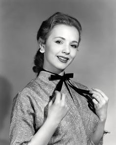 Vintage Glamour Girls: Piper Laurie