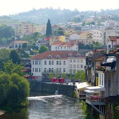 A Port Wine Tour in Douro Valley, Portugal - via Why Waste Annual Leave? 01.08.2016   A teetotaler's take and blog review of a one day Port Wine Tour from Porto to the breathtaking UNESCO listed Douro Valley Region of Portugal Photo: Amarante