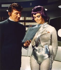 George Sewell as Colonel Alec Freeman, and Gabrielle Drake as Moonbase Operator Lieutenant Gay Ellis in Gerry Anderson's 1970 science fiction series 'UFO' Fiction Movies, Sci Fi Movies, Sf Movies, Cosmos 1999, Space Tv Shows, Star Trek, Science Fiction Kunst, Ufo Tv Series, Divas